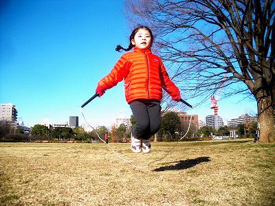 縄跳びの教え方【幼稚園・小学生に】跳ぶ・縄を回す ...